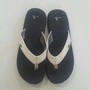 Sanuk Yoga Mat and Leather  Flip-flops